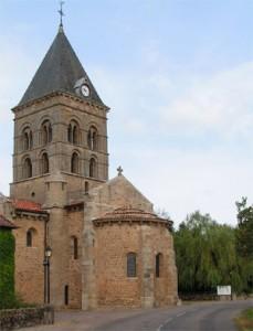 Singen in der Kirche von Varennes l'Arconce